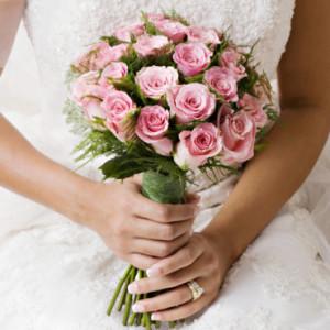 Combien de roses pour un bouquet de mariée